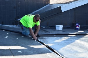 Single-Ply Membrane EPDM Installation