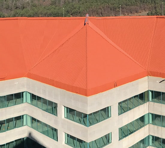 How to Restore a Commercial Metal Roof